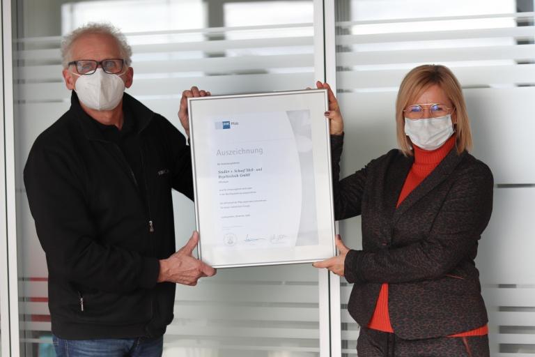News Vorschaubild - S + S erhält Auszeichnung der IHK