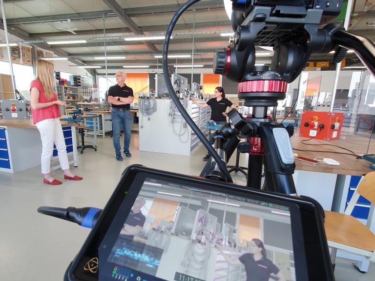 News Vorschaubild - S + S im Videoporträt ,Behind the scenes: Mensch, Technik, Südpfalz'
